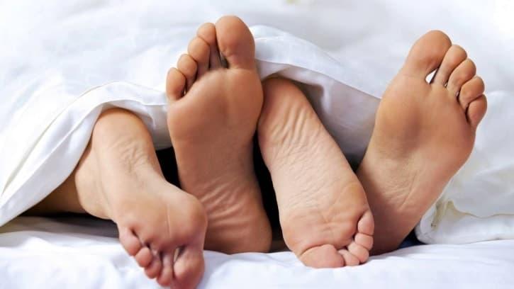 Секс при кистах яичника возможен, но только если новообразование не достигло больших размеров
