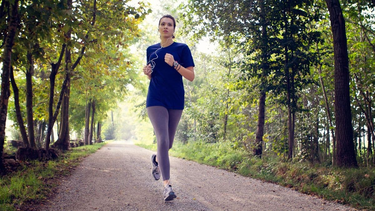 Бегать во время месячных можно, если позволяет самочувствие