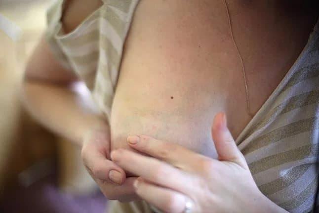 Когда перестает болеть грудь во время беременности